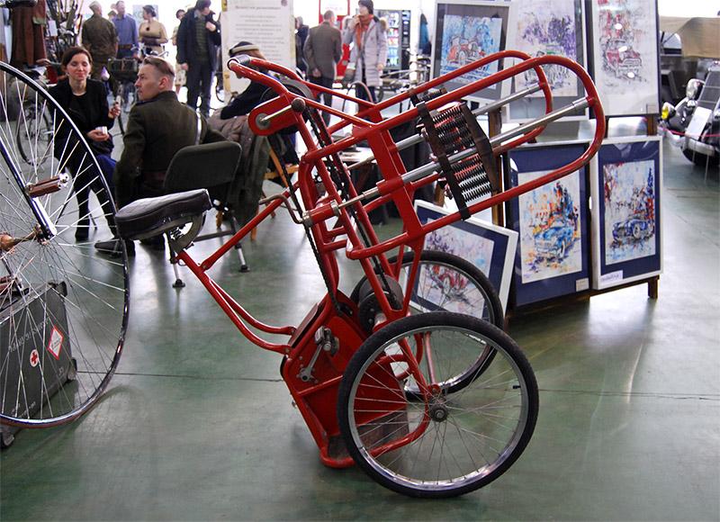 Велосипед по столбам